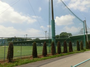 埼玉県上尾市平方のゴルフ練習場